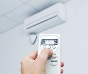 z14111061QHotelowa-klimatyzacja-nie-dziala-Kiedy-nalezy-sie